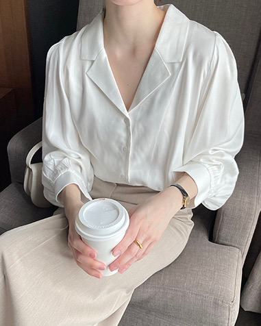 lulu blouse (one day 5% off)